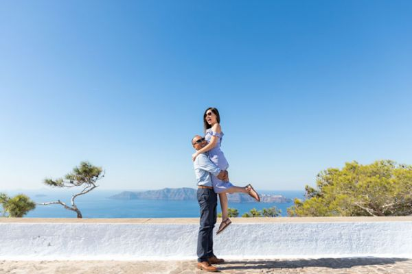 Santorini-Photographer-Small-ProfitisIlias
